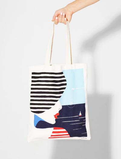 22-awol-lookbook-france-travel-souvenir-best-tote-bag